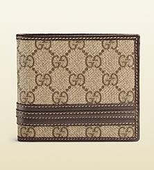 グッチ二つ折り財布3