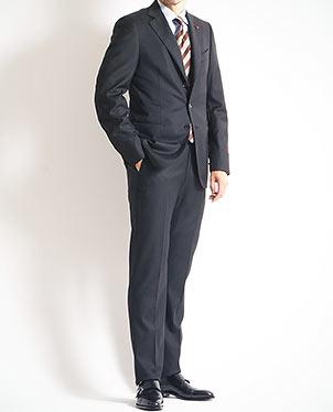 イザイアスーツ
