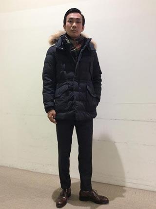 ダウンコートスーツコーデ1