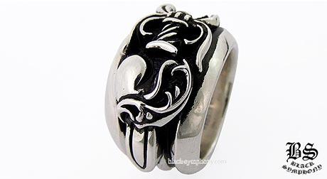 クロムハーツ指輪1