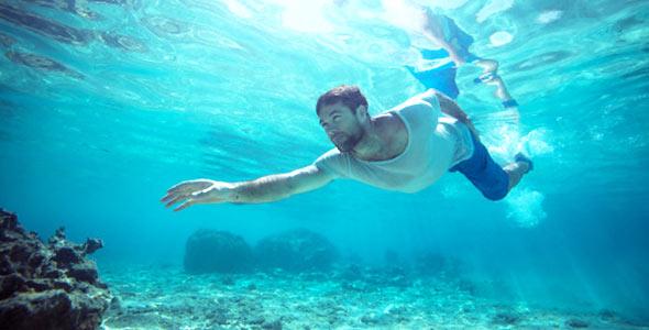 006115c03d おすすめの防水腕時計10選. 海男性. これ1本で「海・プール・休日」はおまかせ!
