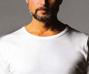 Tシャツ クルーネック